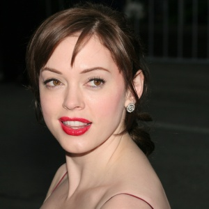 Rose McGowan Was Wrong, But The LGBT Movement Should Reflect On How It Serves Its People