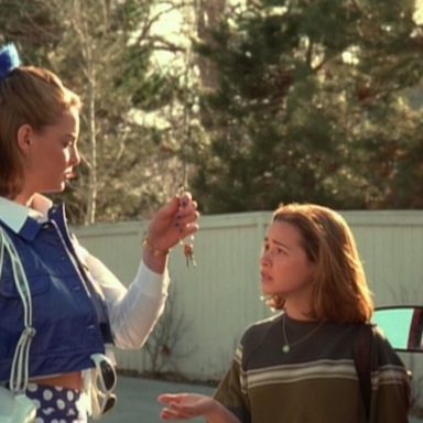 19 Things That Happen When You're A Girl Over 5'9