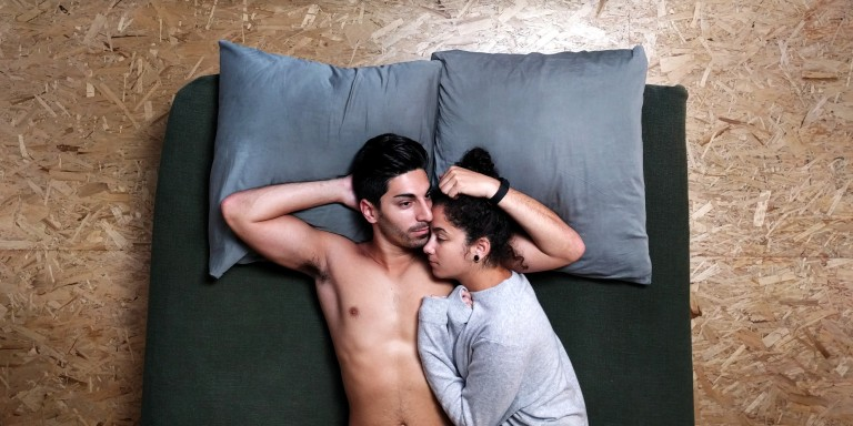 6 Reasons Why Couples Who Cuddle Are The Happiest
