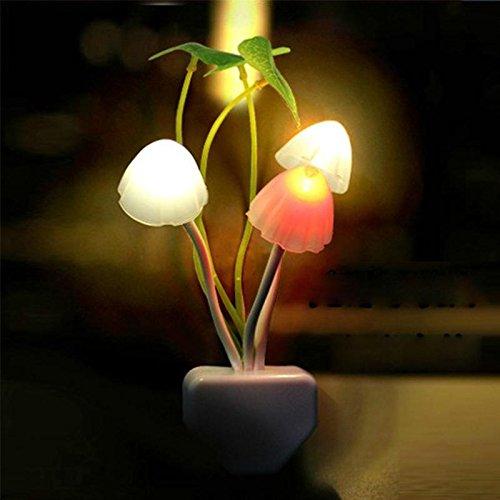 Romantic LED Mushroom Dream Night Light Bed Lamp (Amazon)