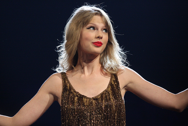 Everything I Know About Sex Writing I Learned From Taylor Swift