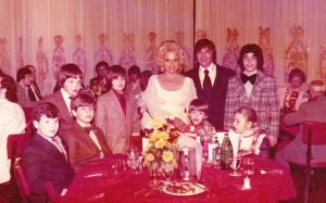 mid-march 1974 kids table