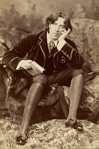 Oscar Wilde (Wikimedia Commons)