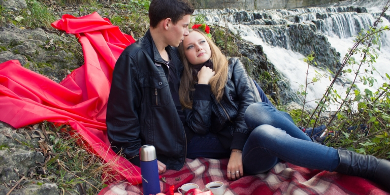 4 Ways To Determine If You're Obsessed Or InLove