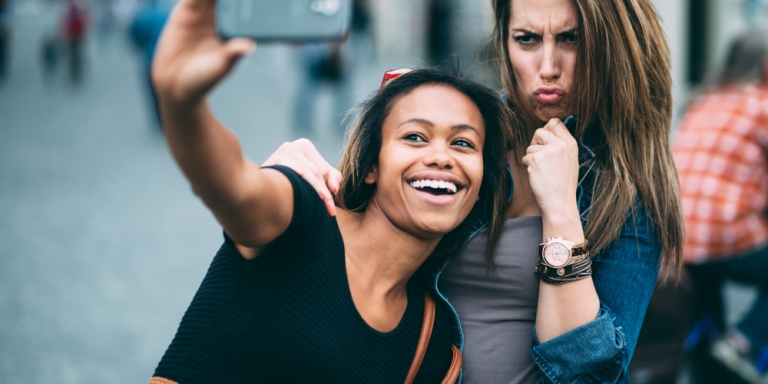 18 Ways You Know You've Gone From Friends To BestFriends