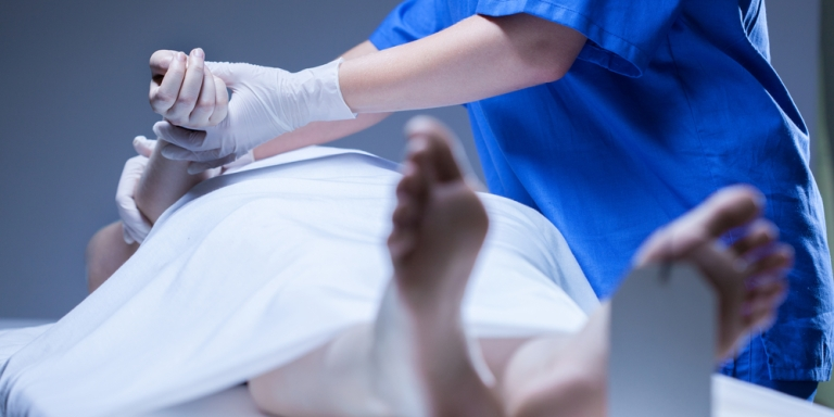 11 Morgue Workers Reveal The Delightfully Weird And Terrible Sh*t They've Seen On TheJob