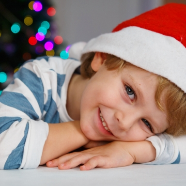 10 Hilarious Requests On My Little Brother's Christmas List