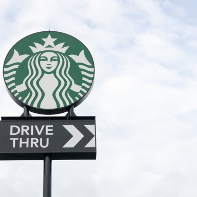 The 5 People You Meet In A Starbucks Drive-Thru