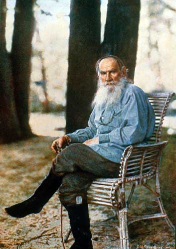 Leo Tolstoy (Wikimedia Commons)