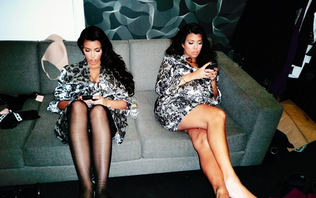 23 Thoughts Every Girl Has While Scrolling Through Instagram On Sunday Morning