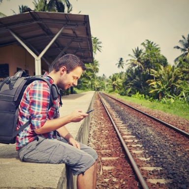 5 Ways Facebook Can Actually Be Useful For Travelers
