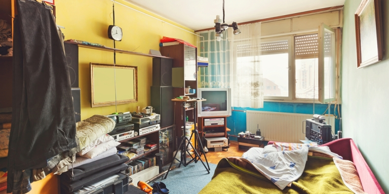 4 Ways To Keep Your Room Clean (And Avoid The Endless Cycle OfMessiness)