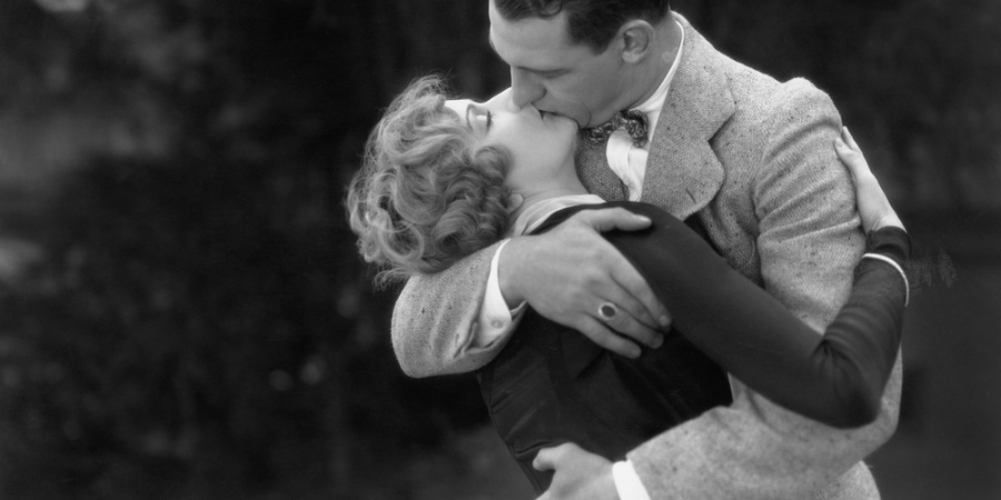 8 Inspirational Dating Tips From The 1940s To Add Sophistication To Your Repertoire