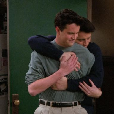 15 Undeniable Signs Your Roommate Is Actually Your Soulmate