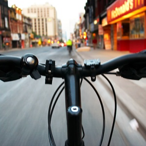 Here's Some Important Safety Hacks From Cyclists To Help You Have A Better Biking Commute