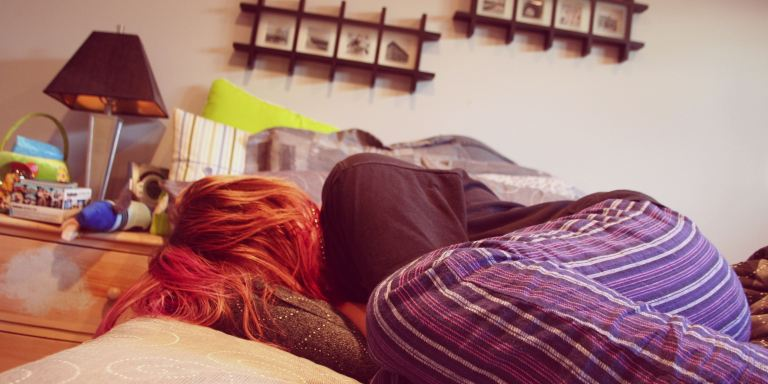 25 Thoughts That Go Through Your Mind When You're Sick, Single, And LiveAlone
