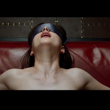 50 Thoughts While Watching Fifty Shades Of Grey