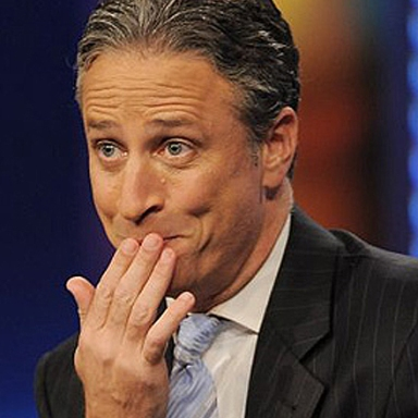 """It's Time For A 5'8"""" Female Blogger To Host The Daily Show"""