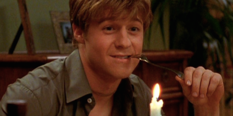 9 Fictional Guys Who Gave Us Seriously Unrealistic RelationshipExpectations