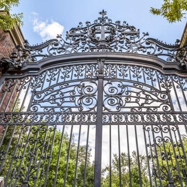 Harvard's Dirty Little Secret: The Final Clubs
