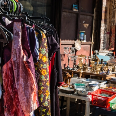 Why I Sold Everything I Owned: The Benefits Of Giving Up Material Possessions