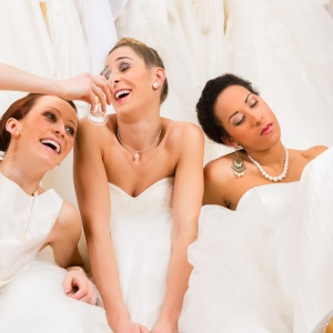 15 Ridiculous Ways To Totally Trash Weddings (While In A Drunken Stupor)