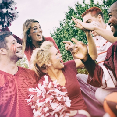 8 Things Guys Say To Girls Who Are Football Fans