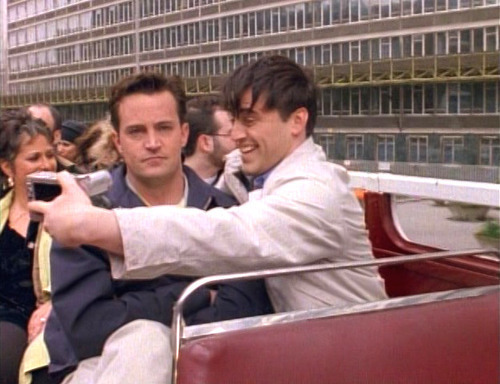 17 Signs You And Your Best Friend Are Basically Chandler AndJoey