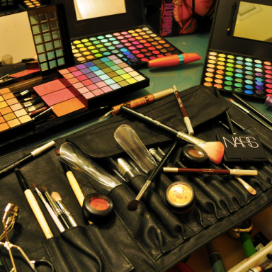 In Defense Of Girls Who Wear Makeup