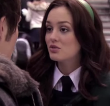 How To Network Flawlessly Like Blair Waldorf