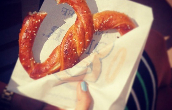 16 Photos That Explain Why Auntie Anne's Is The Best Place OnEarth