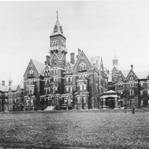Creepy History: 5 Insane Asylums And The Horrors That Happened There