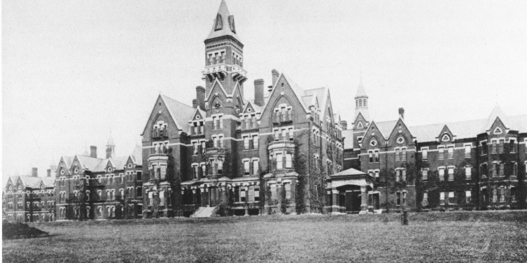 Creepy History: 5 Insane Asylums And The Horrors That HappenedThere