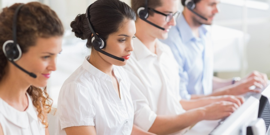 8 Frustrating Life Lessons I Learned From Working In Customer Service