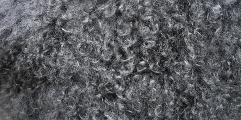 7 Hacks For Girls Who Have CurlyHair