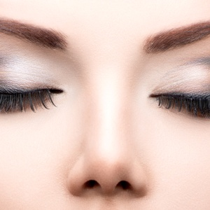 This Is The Best (And Only) Way To Get Your Eyebrows On Fleek