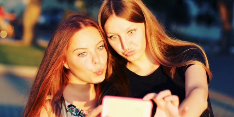14 Things That Happen When Your Best Friend Is YourCousin