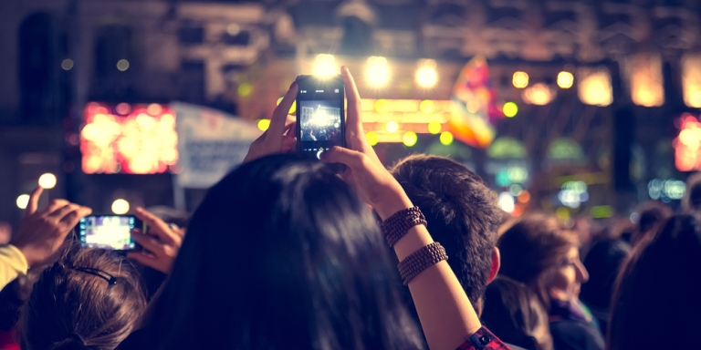 6 Painfully Annoying Behaviors On Social Media That Need To StopASAP