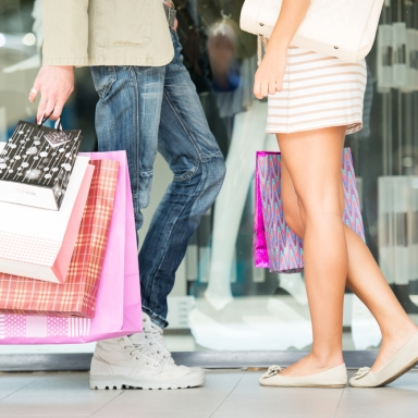 6 Simple Ways You Can Keep Your Shopping Addiction At Bay