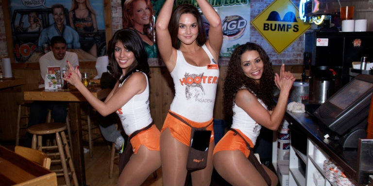 The 5 Most Ridiculous Comments I've Heard Since I Became A Hooters Girl