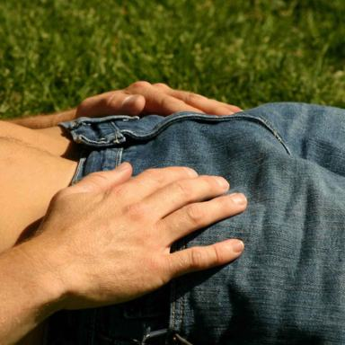 45 People Confess To The Weirdest Thing Their Genitals Ever Touched (NSFW)