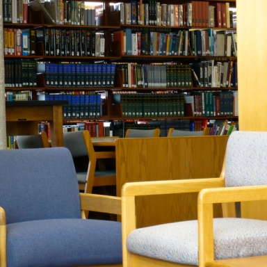 36 Thoughts You'll Have While Sitting In A College Library