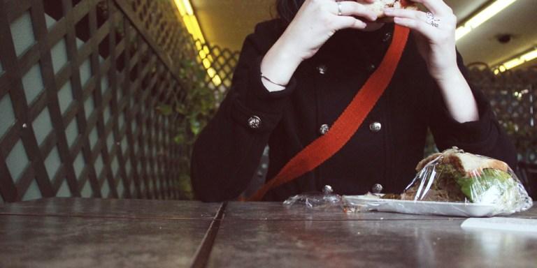 25 Unfortunate Reasons Being An Eternally Single GirlSucks