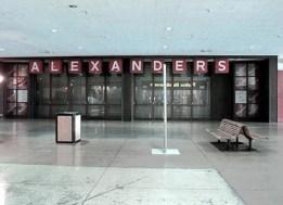 Alexander's Kings Plaza