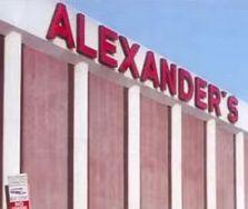 Alexanders sign Kings Plaza