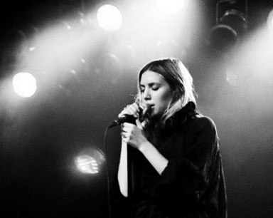 """Lykke Li Does A Soulful Rendition Of Drake's """"Hold On, We're Going Home"""" And It Is ~Everything~"""