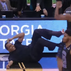 Spotlighting The 10 Best Fan Moments During March Madness