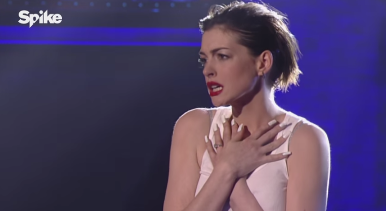 Anne Hathaway Lip Syncs Miley Cyrus And It Is AbsolutelyMAGICAL
