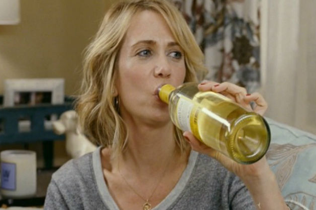 19 Signs You're In A Relationship With White Wine
