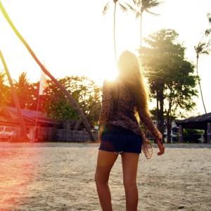 10 Irresistible Qualities That Define A California Girl